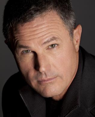 Mysterypeople Qa Scott Butki Interviews Robert Crais